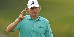 Simpson def. Snedeker 4 & 3 in WGC Match Play