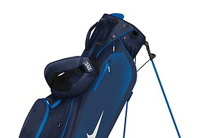 The Nike Sport Lite carry bag (navy/white)