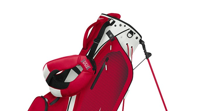 The Nike Sport Lite carry bag comes in six different colors. Shown above is the red/black bag.