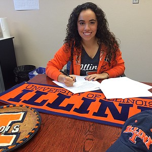 Dana Gattone signed with Illinois on Wednesday.