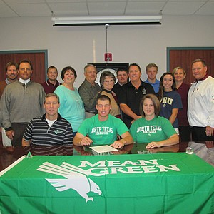 Michael Cotton signed with North Texas on Wednesday.