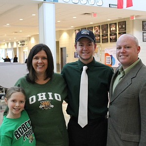 Brady Bohl signed with Ohio.