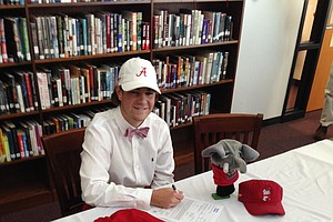 Jonathan Hardee signed with Alabama.