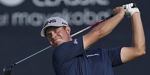Borrowed driver helps English to Mayakoba win