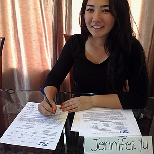 Jennifer Yu signed with San Diego State.