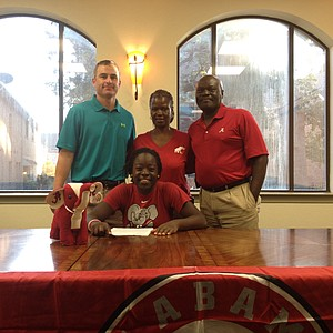 Lakareber Abe signed with Alabama.