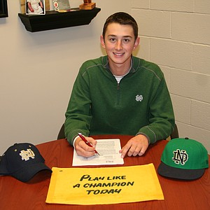 Thomas Steve signed with Notre Dame.