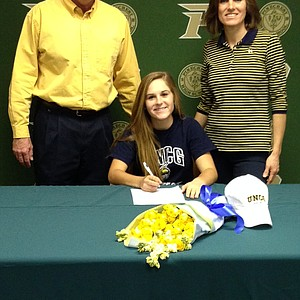 Gabrielle Weiss signed with UNC Greensboro.