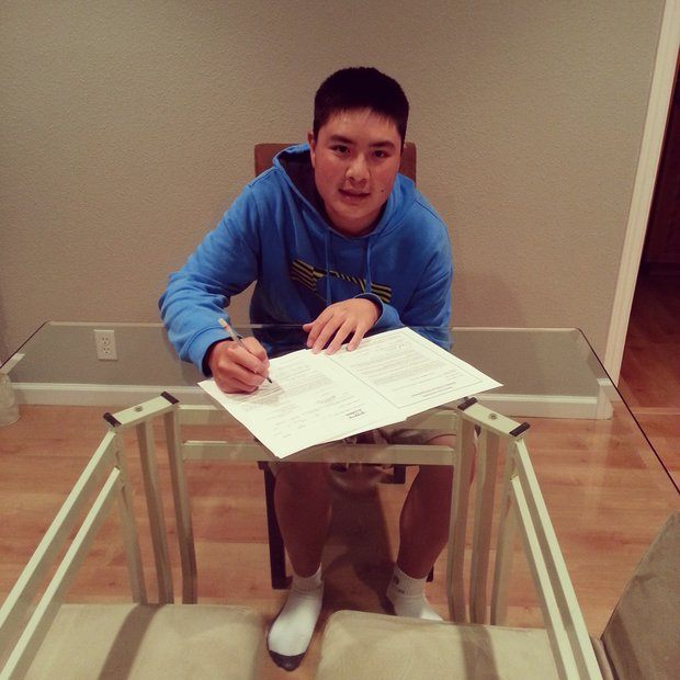 Hayden Shieh signed with Santa Clara.