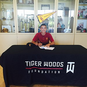 Jonah Texeira signed with USC.