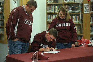 Will Sallee signed with Eastern Kentucky.