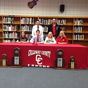 Madison Connell signed with South Alabama.