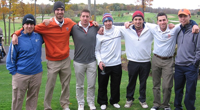 Syracuse University's club golf team.