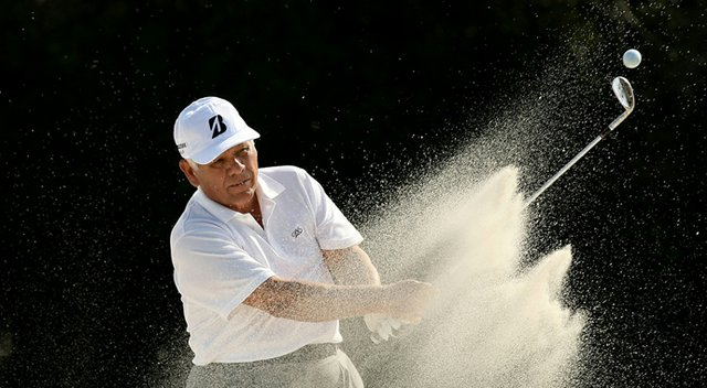 Lee Trevino practices for the 2013 PNC Father/Son Challenge in Orlando, Fla.