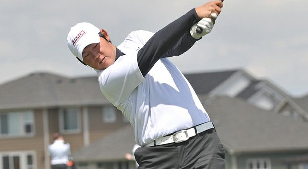 Justin Shin shot an 8-under 64 to take the first-round lead at the final stage of Web.com Tour Q-School.