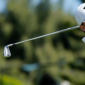 Jordan Spieth will play with Webb Simpson in the final group on Monday at the Hyundai Tournament of Champions.