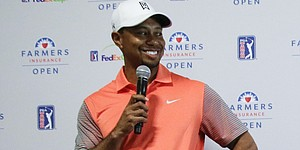 Woods, Mickelson diverge at Torrey Pines South
