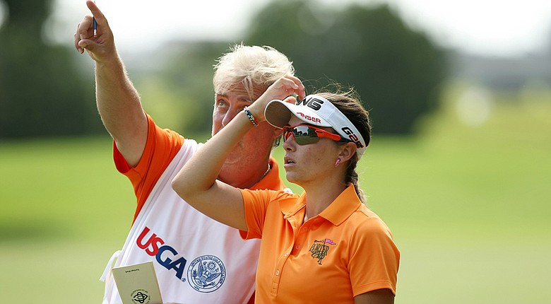 Casie Cathrea has left the Oklahoma State Cowgirls golf team; she is shown here with father Harry Cathrea during the 2013 U.S. Women's Amateur.