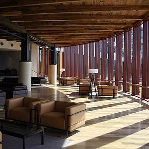 The Leaf Lounge at the lodge at Streamsong.