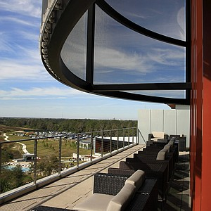 The outside sitting area of Fragmentary Blue, the rooftop bar, at the lodge at Streamsong.