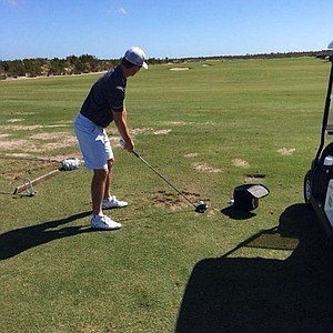 Justin Rose practicing.