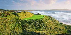 Trump buys Irish golf course Doonbeg