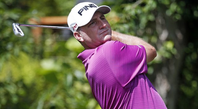 Bill Lunde leads after two days of the Colombia Championship, the 2014 Web.com Tour season opener.