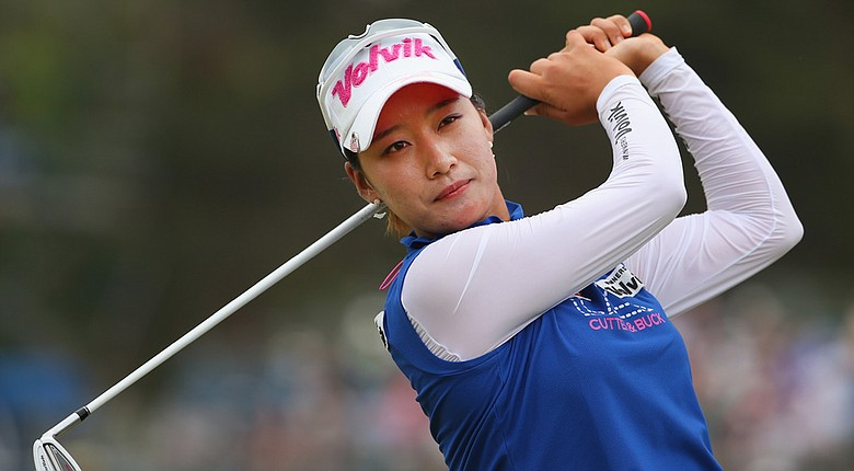 Chella Choi set a new course record with a 10-under 62 in the third round and took a share of the lead at the Women's Australian Open.