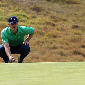 Jordan Spieth lines up a putt on the eighth hole in the third round of the Northern Trust Open.