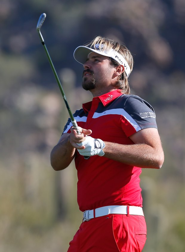 Victor Dubuisson in J. Lindeberg.