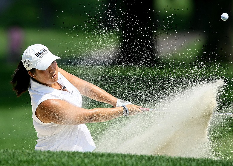 Cassy Isagawa and the Oregon Ducks lead through 36 at the Westbrook Spring Invitational.