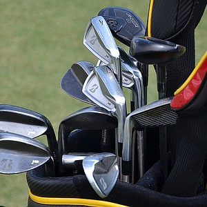 Brandt Snedker uses Bridgestone's J40 Cavity Back and J40 Black Oxide wedges.