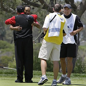 Tiger Woods battled a knee injury during his win at Torrey Pines in the 2008 U.S. Open -- in a storied Monday playoff against Rocco Mediate for his most recent major victory.