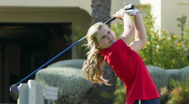 Lindsey Weaver posted a top 10 as the Arizona Wildcats won the Gator Women's Invitational.