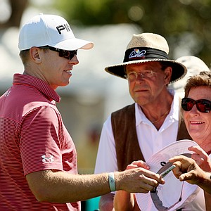 Hunter Mahan signs autographs at the Arnold Palmer Invitational on Tuesday Bay Hill Lodge and Club.