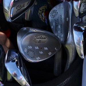 "Kevin Na's Titleist Vokey Design Spin Milled wedges have been ""snowflaked"" with NAs."