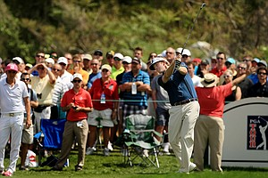Brandt Snedeker hits his tee shot at No. 7 during Round 2 of the Arnold Palmer Invitational at Bay Hill Lodge and Club.