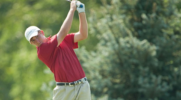 Alabama's Robby Shelton is leading after the second round of the Linger Longer Invitational.