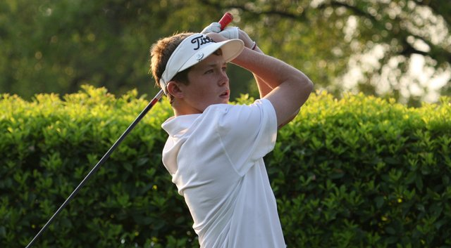 SMU signee Benjamin Baxter is one of 43 Texans preparing to play at the Under Armour/Hunter Mahan Championship.