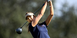 Women's Central Regional: UCLA takes lead