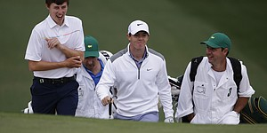 PHOTOS: 2014 Masters (Tuesday)