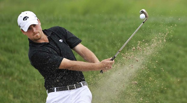 Steven Ihm, a senior at Iowa, won the Hawkeye Invitational for the second straight year.