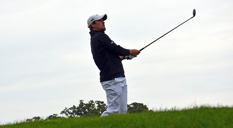 Steven Ihm led the Iowa Hawkeyes to a win at the Boilermaker Invitational with a 64 on Sunday.