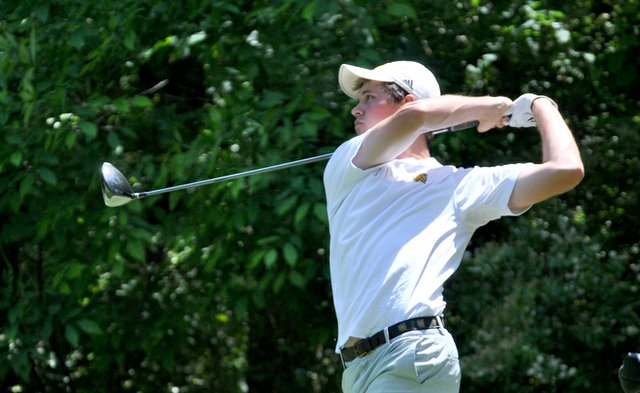 Kennesaw State's Kelby Burton shot a 5-under 67 during the second round of the Auburn (Ala.) Regional at the Auburn University Club on Friday.