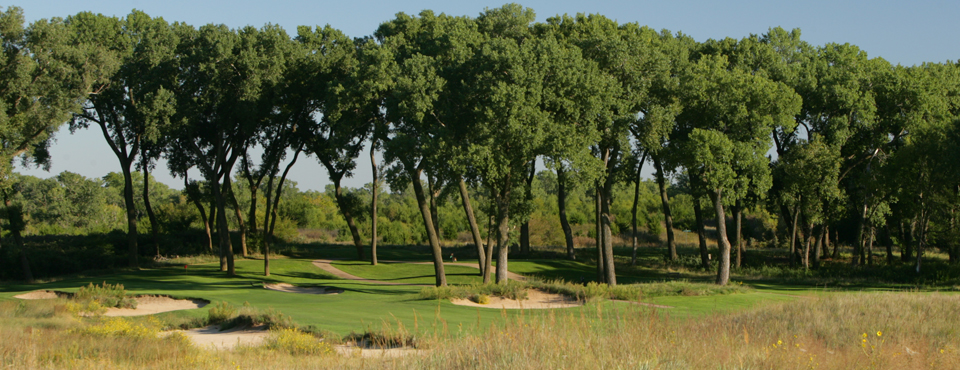 The 14th hole at Prairie Dunes CC in Hutchinson, Kan., host of the 2014 NCAA Men's Division I Championship.