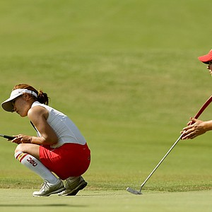USC's Karen Chung narrowly misses her par putt at No. 18 during Round 3 of the Women's 2014 NCAA Division 1 Golf Championships at Tulsa Country Club.