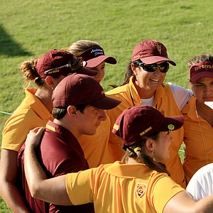 Arizona State coach, Melissa Luellen with her team after Round 3 of the Women's 2014 NCAA Division 1 Golf Championships at Tulsa Country Club. ASU is T6 heading into the final round.