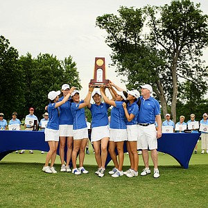 Duke celebrates its victory at the Women's 2014 NCAA Division I Golf Championships at Tulsa (Okla.) Country Club.