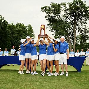 Duke celebrates its victory at the Women's 2014 NCAA Division I Golf Championships at Tulsa (Okla.) Country Club.