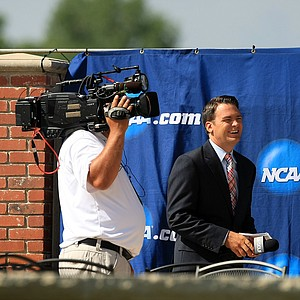 Golf Channel's Scott Rude waits to interview Houston's James Ross during Round 3 on Monday of the NCAA Men's Division 1 Championship at Prairie Dunes Country Club in Hutchinson, Kan.